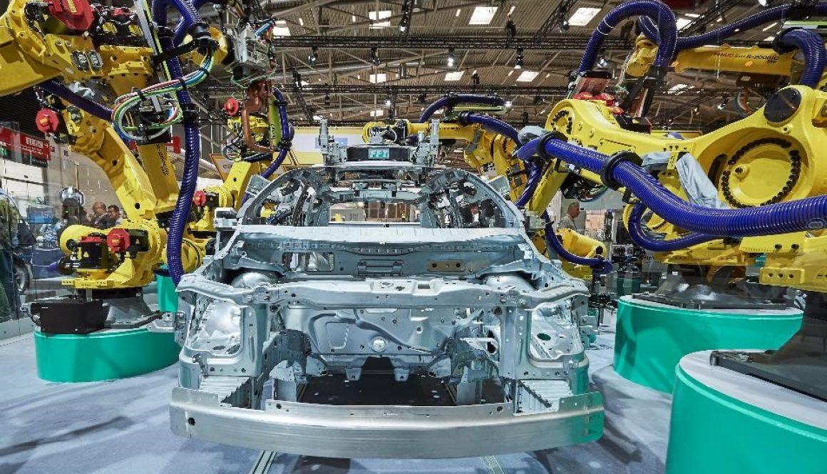 Car Manufacturing, robot FANUC