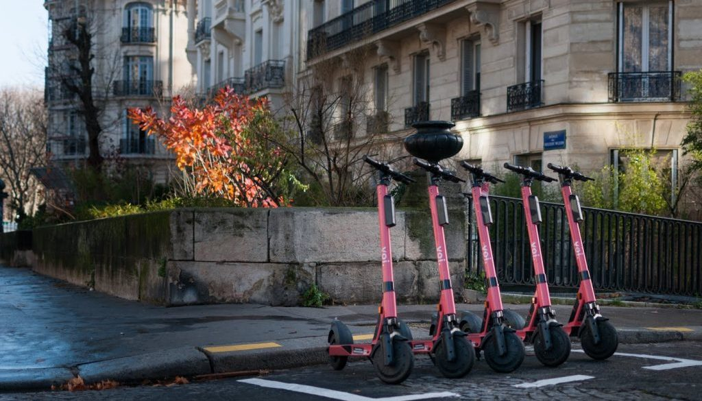 Voi scooters monopattini